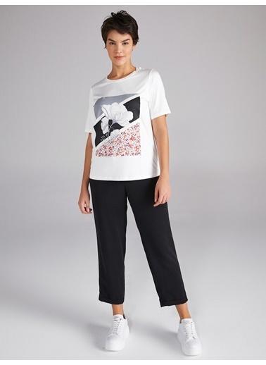 Faik Sönmez  Çiçek Baskılı Taşlı T-Shirt 61603 Ekru